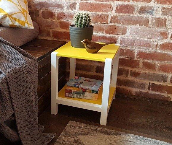 TRIVENTI Nachttisch Schemel - Gelb / Weiße Beine